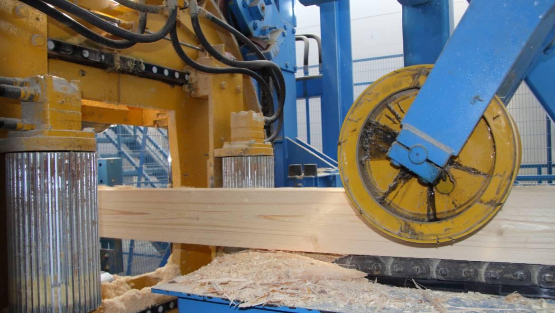 Лесопильное оборудование АО «Краслесинвест» принято в промышленную эксплуатацию.