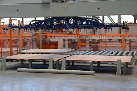АО «Краслесинвест» запустил вторую очередь мебельной фабрики — производство столярной плиты